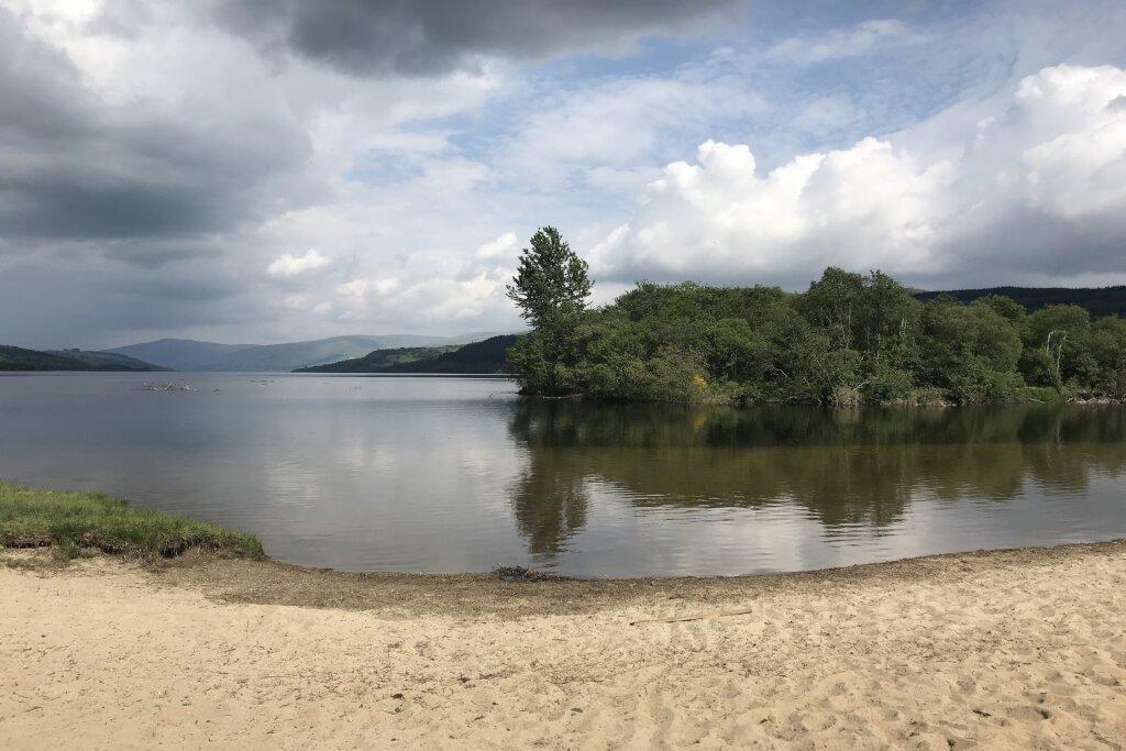 Beach at loch tay near the riverbank lodge